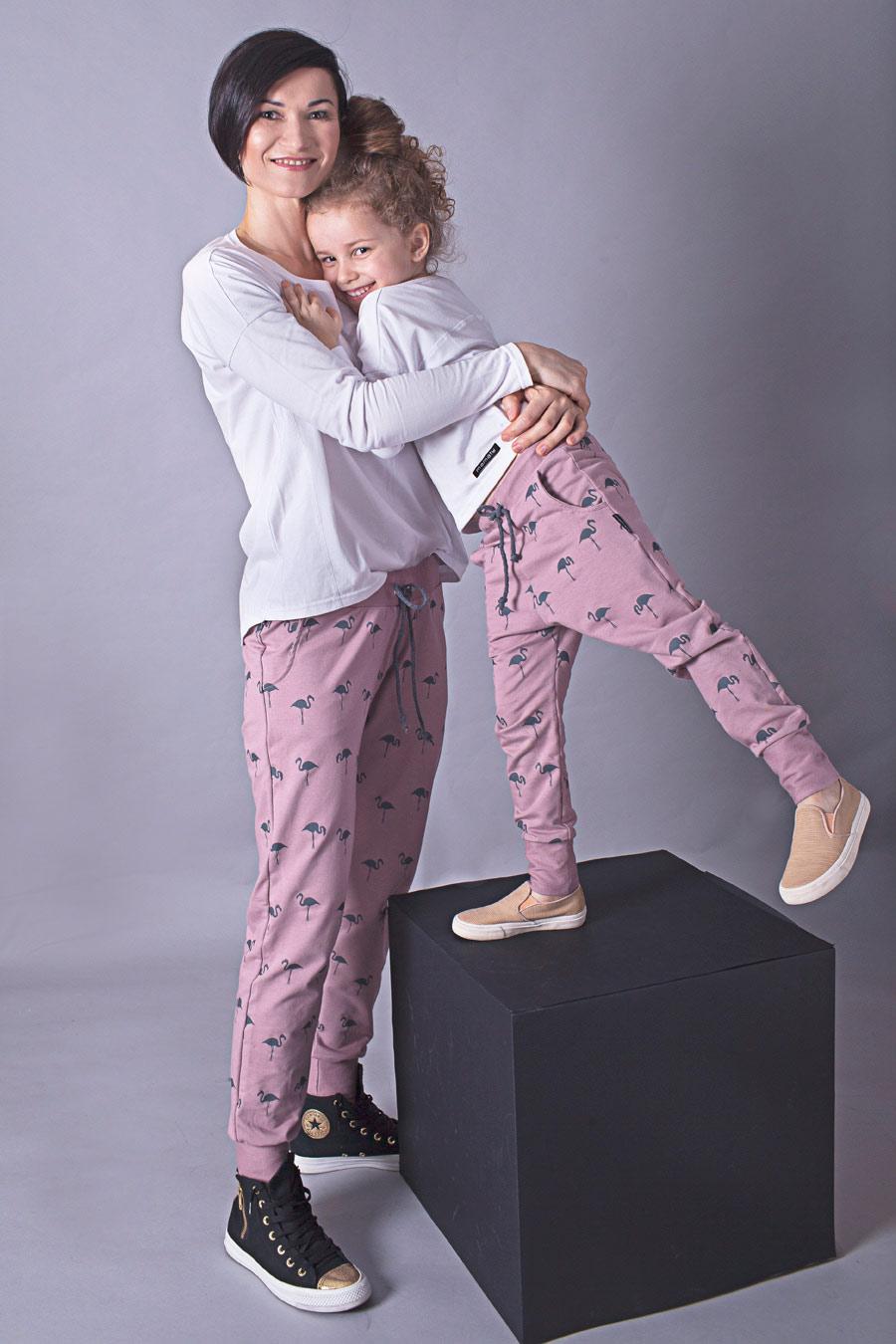Ubranka dla dziewczynki w okresie letnim