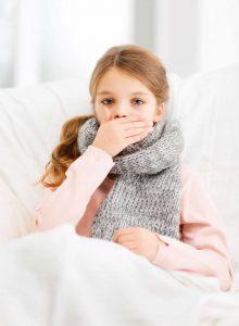Przeziębienie a grypa – jak je rozpoznać i leczyć u dzieci?