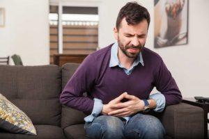 Czy niestrawność powoduje ucisk w brzuchu?