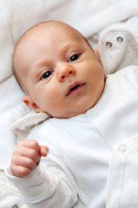 Rozszerzanie diety niemowlaka – jakie warzywa i w jakiej ilości warto wprowadzać do jadłospisu dziecka?