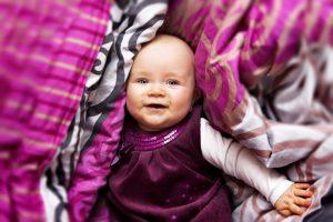 Rozwój emocjonalny dziecka do 1. roku życia – na co zwrócić uwagę?