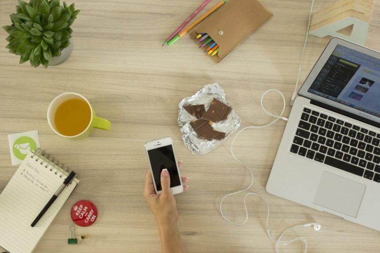 Jak sprawdzić zakres ochrony ubezpieczenia smartfona?