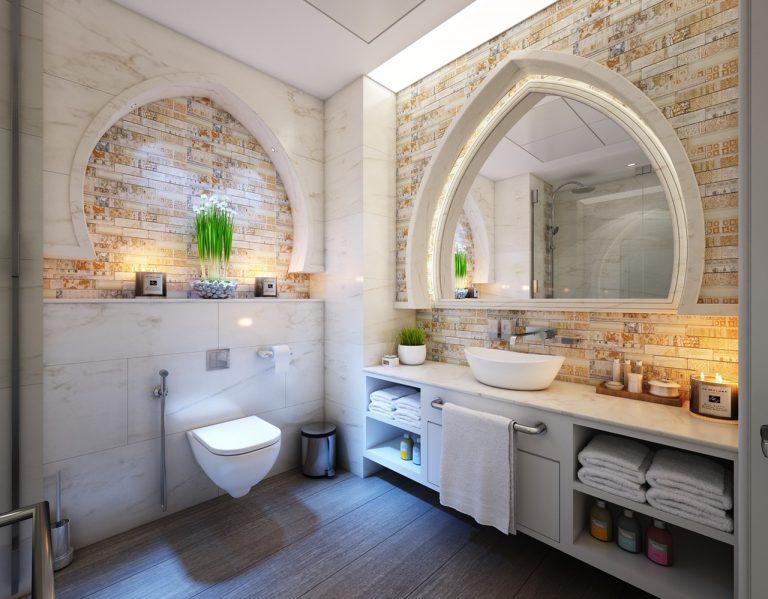 Wybór mebli do małej łazienki. Na co zwrócić uwagę?