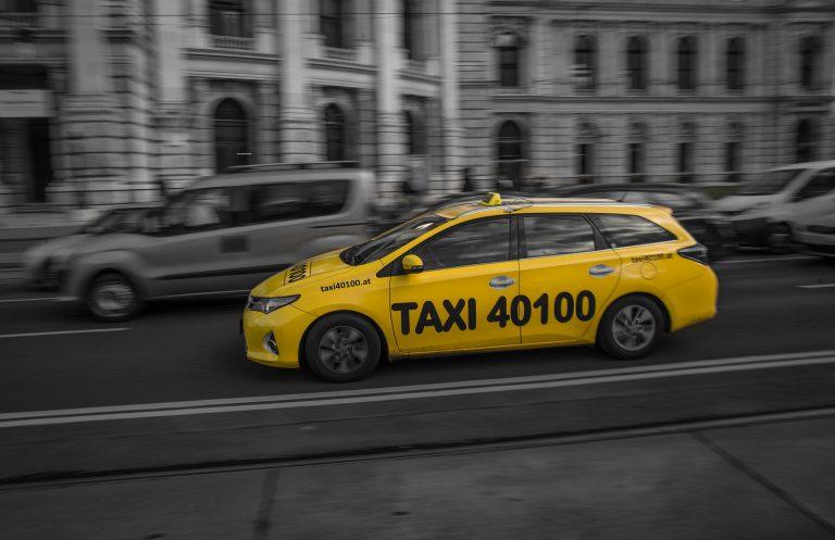 Taksówką z Nowego Sącza szybciej na lotnisko