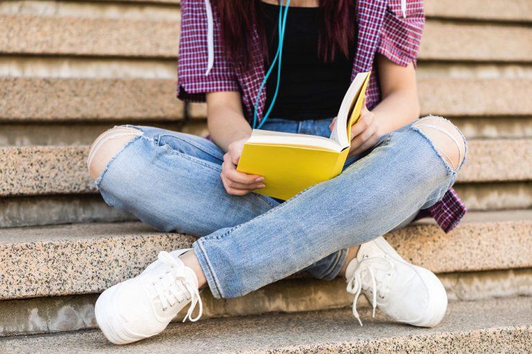 Studia, pierwszy samochód, czy mieszkanie – jak zapewnić dobry start dziecku?