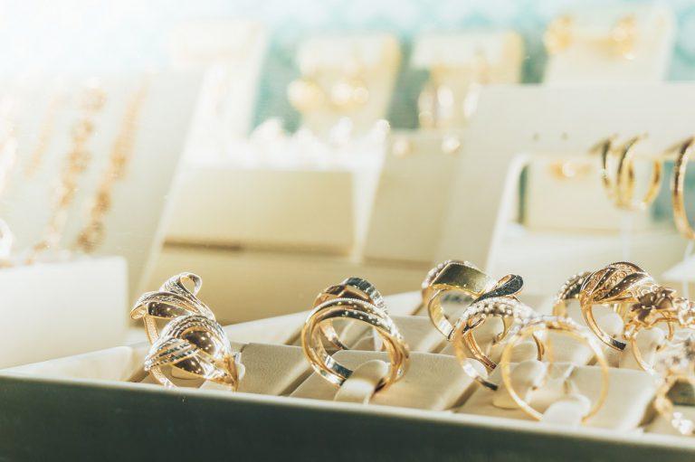 Sprawdzony sklep z biżuterią. Gdzie warto kupować?