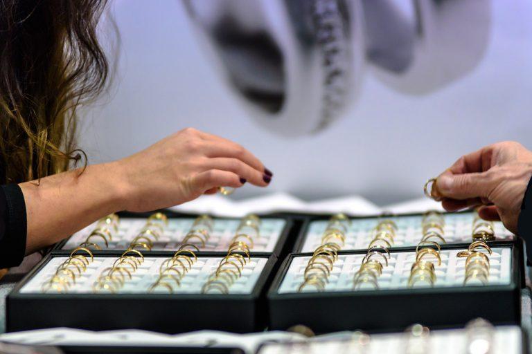 Biżuteria jako pomysł na prezent
