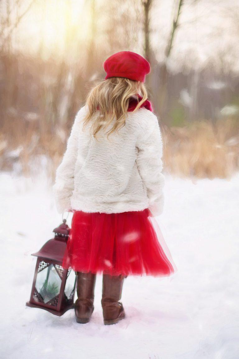 Zapoluj na wyprzedaży na dziecięce zimowe ubrania