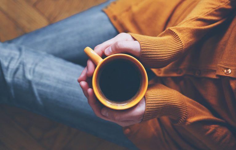 Poznaj historię i sposoby przygotowania kawy americano