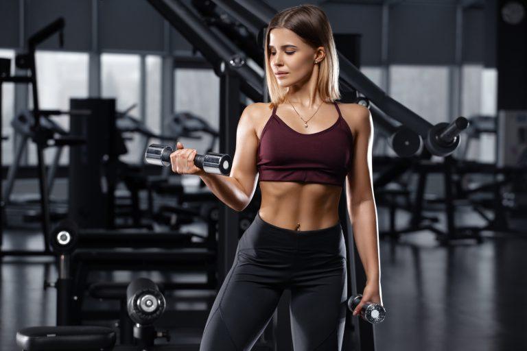 Ćwiczenia na płaski brzuch – wybierz trening ABS