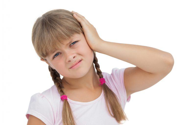 Ból ucha u dziecka – przyczyny, objawy i sposób leczenia