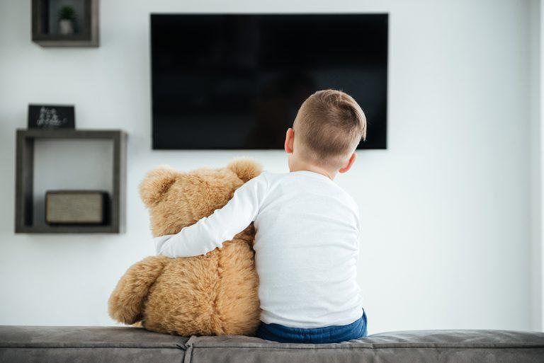 Hity z reklam dla dzieci – jak nie przepłacić i sprawić frajdę popularnym upominkiem?