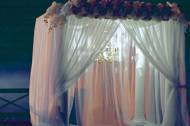 Nowoczesne firany – 3 rodzaje dekoracji okiennych dla twojego domu