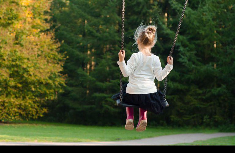 Twoje dziecko za kilka lat rozpocznie studia? Zobacz, jak możesz pomóc mu finansowo
