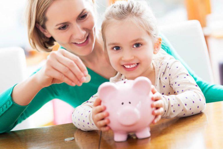 3 nawyki finansowe, które możesz zaszczepić w dziecku