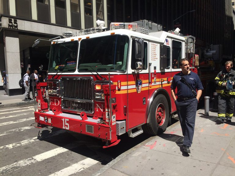 Czy warto zostać strażakiem?