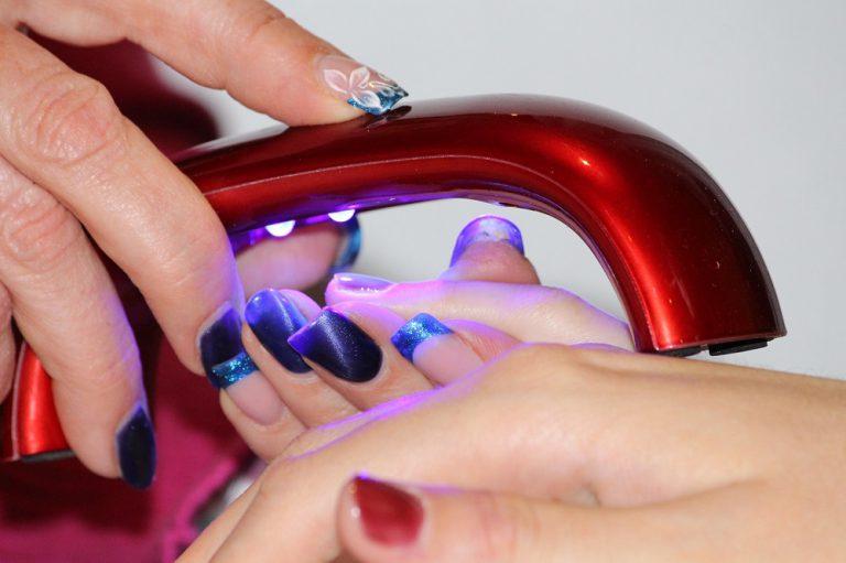 Zadbaj o siebie – wykonaj perfekcyjny manicure