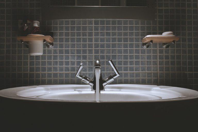 Wyposażenie łazienek od polskiej firmy Radaway