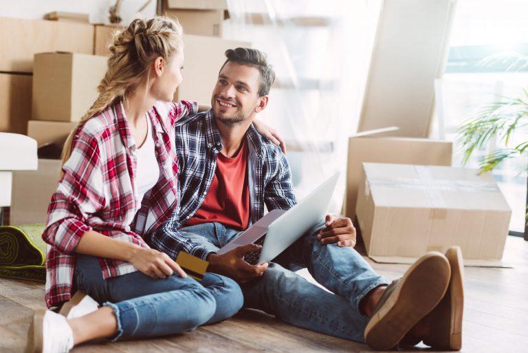 Jak zrobić remont mieszkania taniej?